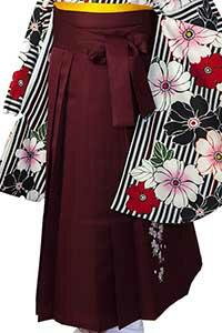 えんじ縦桜袴